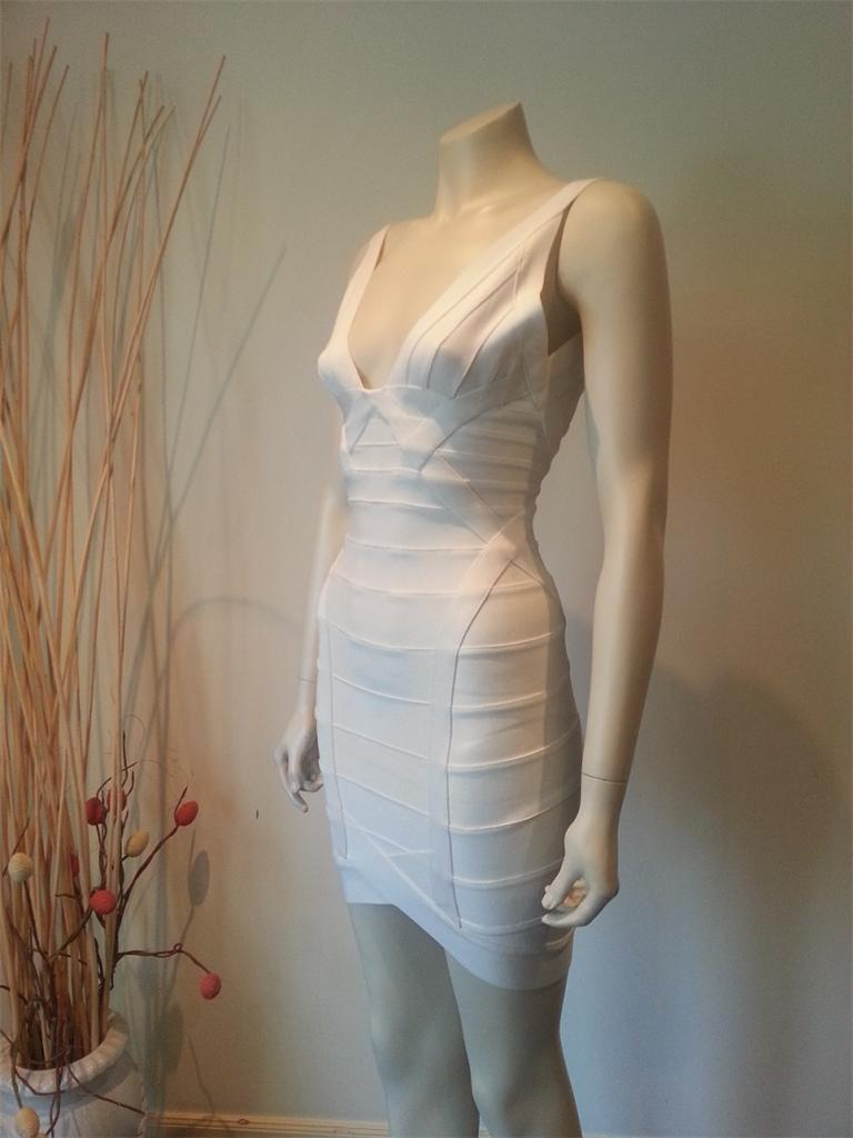 Leger-ari-bandage-dress