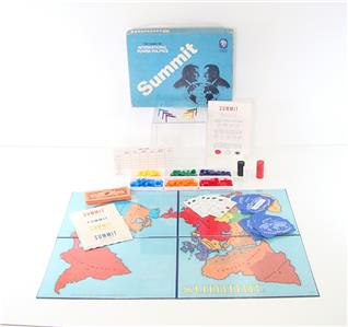 how to play summit board game