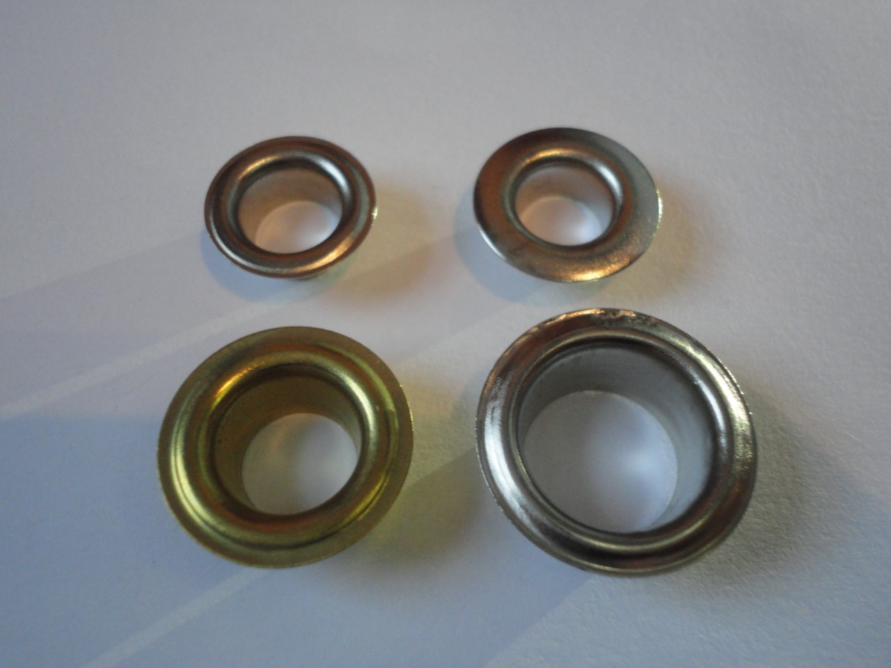100-Large-Silver-or-Gold-Eyelets-in-either-9mm-10mm-11mm-12mm-or-15mm