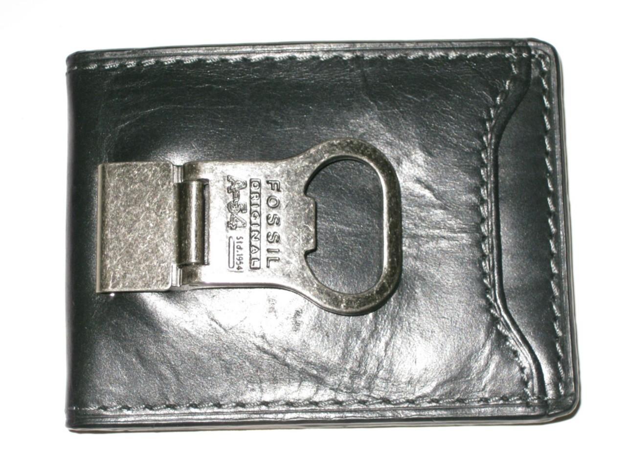 new fossil mens black bifold leather cc money clip bottle opener amp wallet ebay. Black Bedroom Furniture Sets. Home Design Ideas