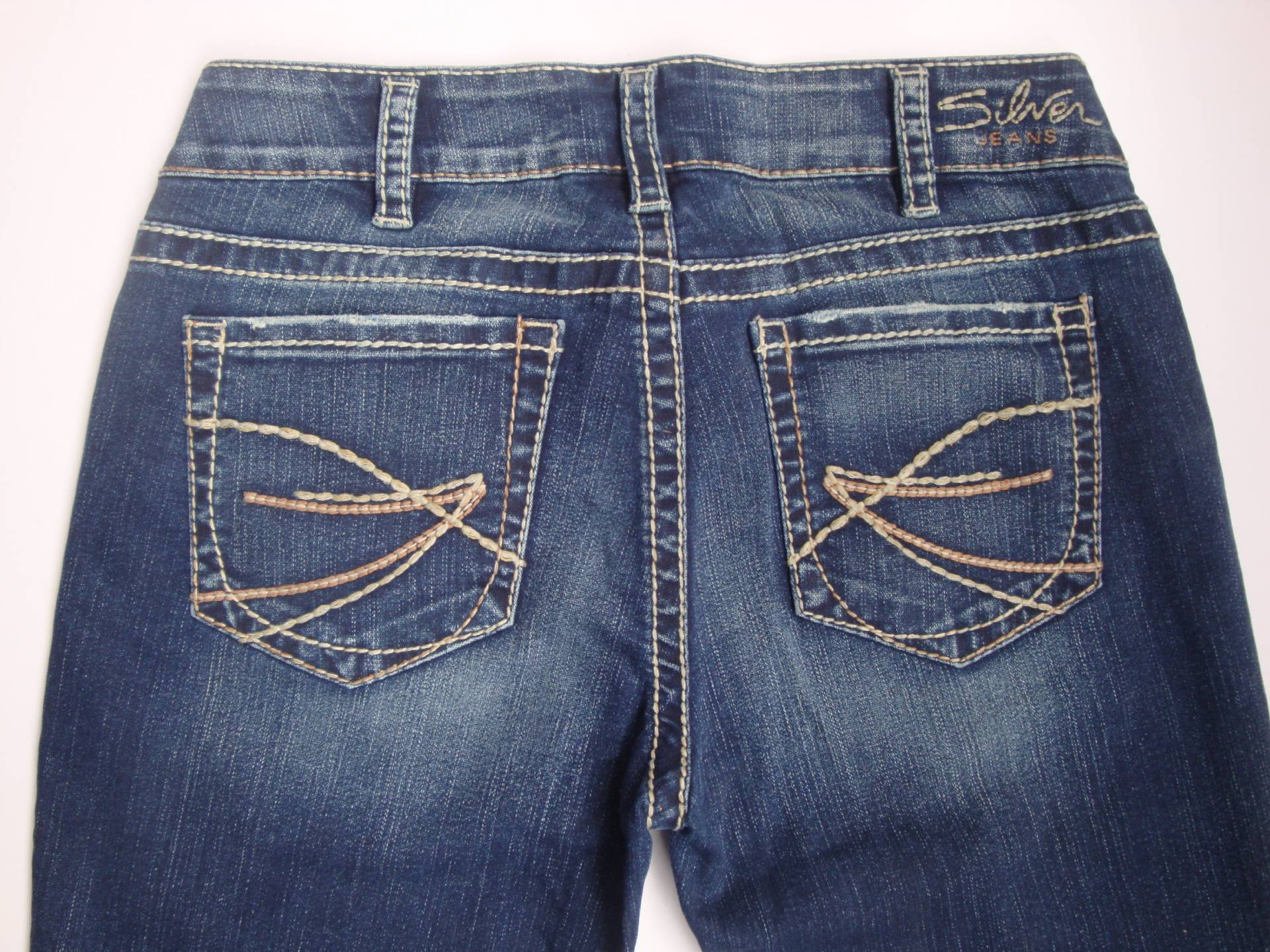 New Silver Jeans SUKI Capri Mid-Rise Good Quality and Price