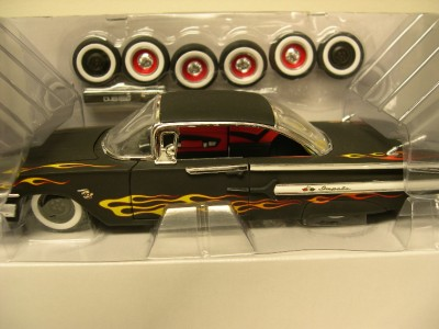 Road Rats 1960 Chevy Impala 124 Scale Diecast Model Kit Used