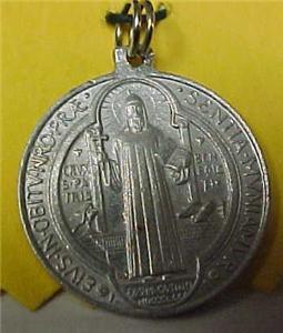 Religious Medal Eivs In Obitv Nro Prae Sentia Mvniamvr .html | Autos Weblog