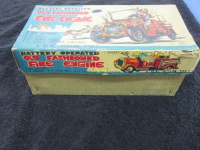 Stepfire Truck  Light on 1950 S Toy Fire Truck Tin Car Action  Smoke   Lights And Sound See Box