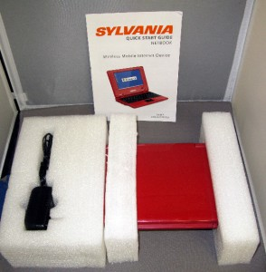 Sylvania Netbook Red SYNET07526 R Z Tested Working Wireless Mobile