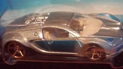 hot wheels bugatti veyron super car 2006 mainline german design fte 144 faster ebay. Black Bedroom Furniture Sets. Home Design Ideas