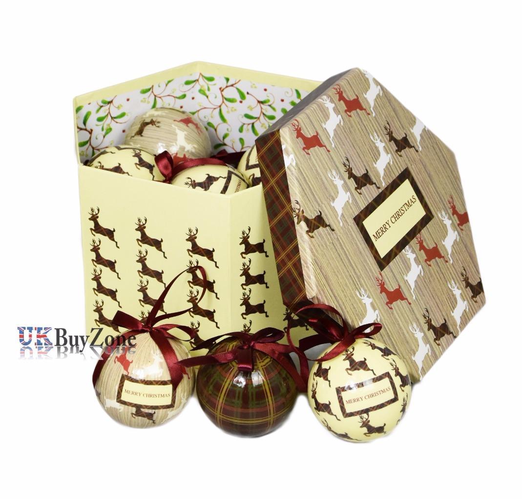 #447B0D Set Of 14 Traditional Decoupage Christmas Baubles Balls  6365 décoration noel découpage 1069x1023 px @ aertt.com