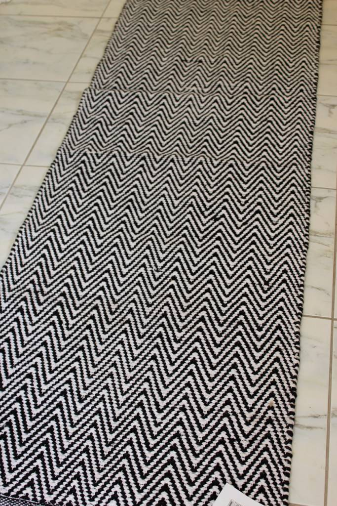 Chevron Zig Zag Zara Rug Runner Black White Modern Decor