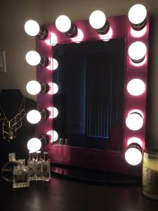 starlight hollywood lighted vanity makeup mirror table top w dimmer pink. Black Bedroom Furniture Sets. Home Design Ideas