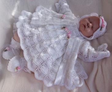 Angel Dress Knitting Pattern : KNITTING PATTERN**TO MAKE MOONDANCE BABY/DOLL DRESS SET eBay