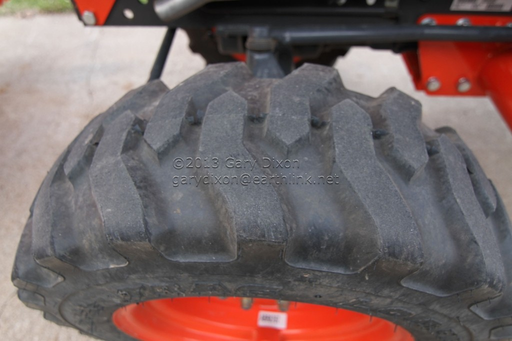 Kubota Tractor Tires R4 : Kubota b su tractor l loader warranty to