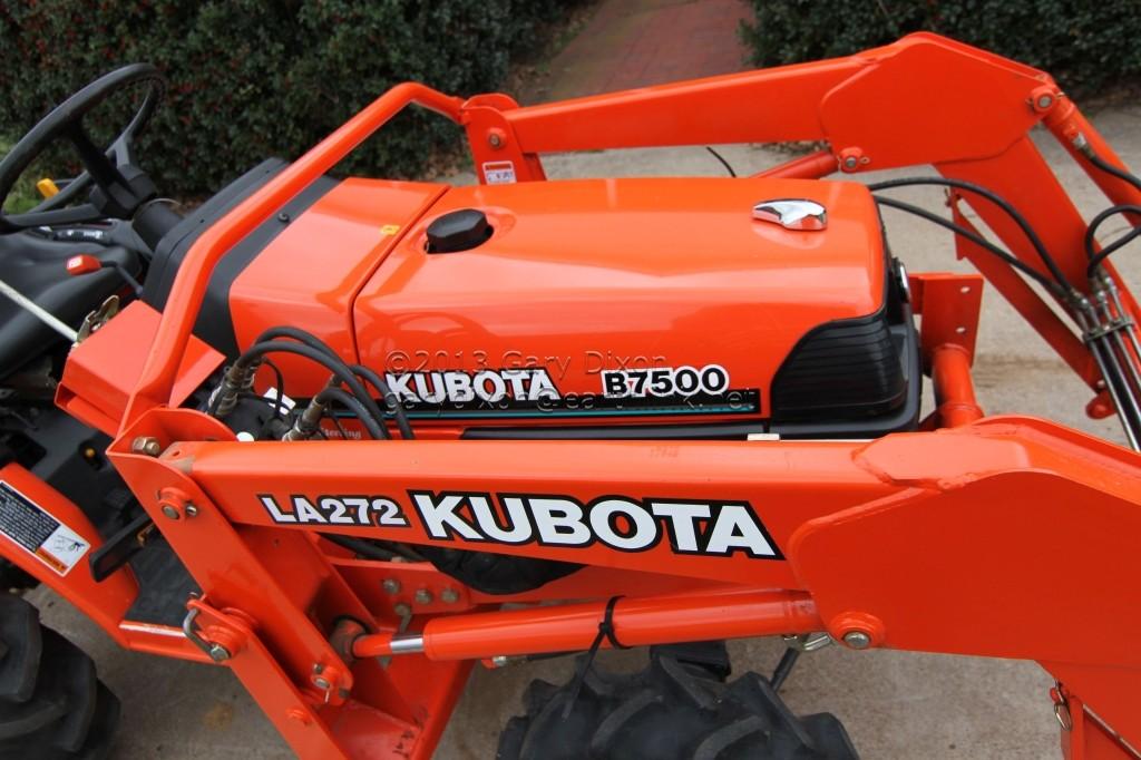 Kubota Box Blade : Kubota b tractor l loader box and angle