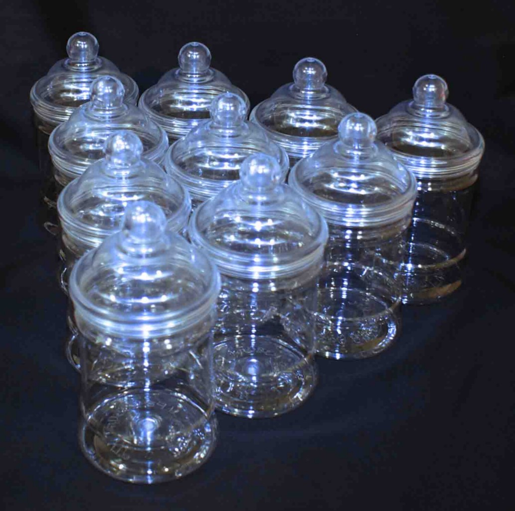10-x-PLASTIC-VICTORIAN-STYLE-CANDY-SWEET-JAR-WITH-SCREW-ON-LID-500ml-OR-380ml