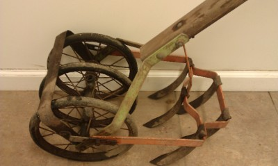 Antique Push Plow http://www.ebay.com/itm/Vintage-Antique-Hand-Push-Garden-Cultivator-Tiller-Row-Weed-Plow-Claw-/140738313750