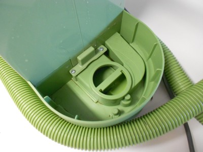 how to clean little green machine nozzle