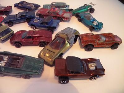 Hot Wheels Redline 24 CAR LOT IN COLLECTOR CASE
