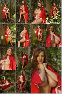 Sexy Jordan Carver Set Of 12 - 4 x 6  Photos - Redwood 13-24