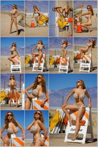 Sexy Jordan Carver Set Of 12 - 4 x 6  Photos - Road Sign 1-12