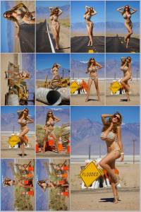 Sexy Jordan Carver Set Of 12 - 4 x 6  Photos - Road Sign 16-27