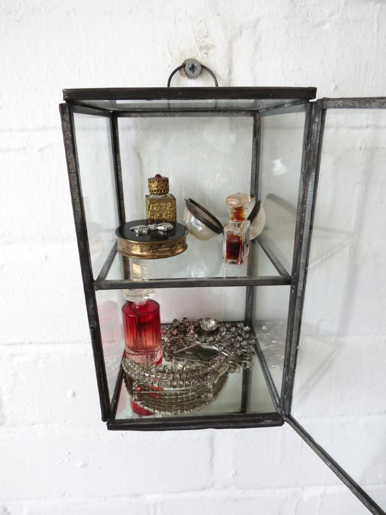 Wall display cabinet trinket curio mirrored wall shelf for Mirrored box shelves
