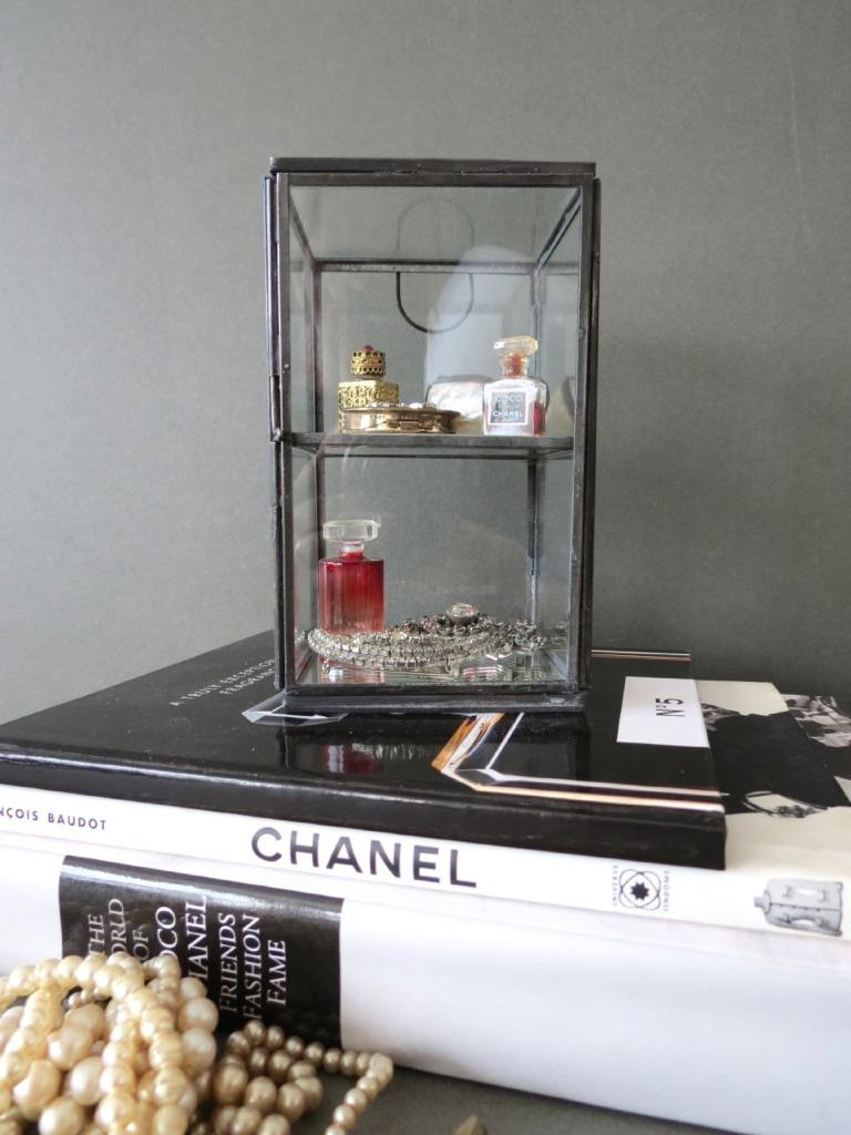Table top display case - Table Top Glass Display Cabinet