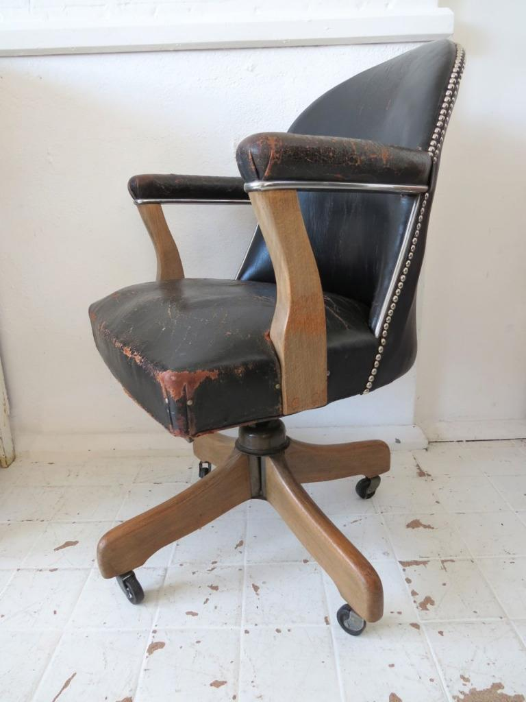 vintage industrial art deco leather swivel office chair with oak leg ebay. Black Bedroom Furniture Sets. Home Design Ideas