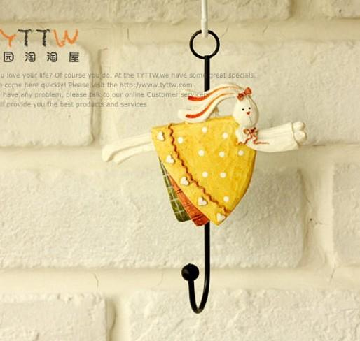 Cute Resin Rabbit Decorative Wrought Iron Hooks Coat Hooks