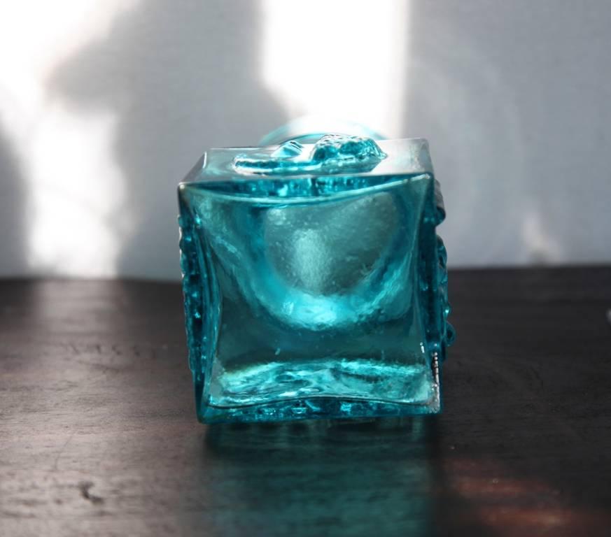 Unsigned blue vase. 704593566_o