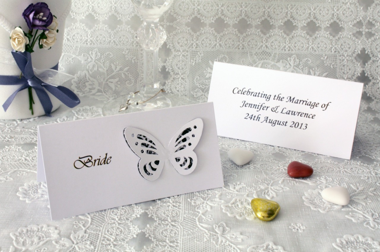 Personalised Hanging Hearts Design Place Name Cards