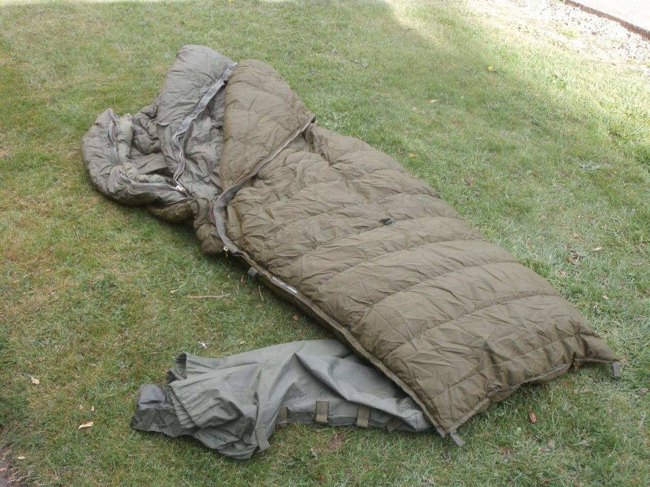 Canadian Military Issue Cold Weather Sleeping Bag