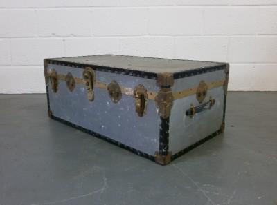 Large Antique Vintage Trunk Coffee Table Blanket Box Storage Steamer Chest Ebay