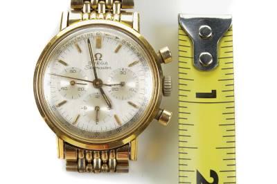 欧米茄海马卡尔321 - 1960年代的古董3注册计时watch