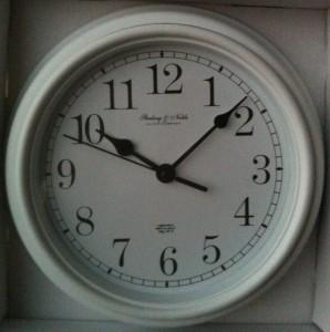 Mainstays Classic Look 9 Quot Wall Clocks Metal Hands