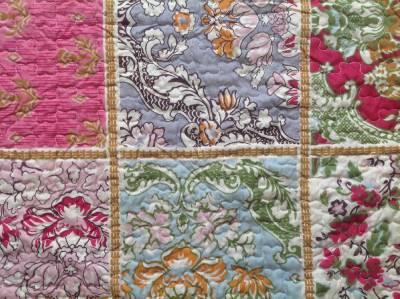 details zu quilt patchwork tagesdecke 240 x 260 cm. Black Bedroom Furniture Sets. Home Design Ideas
