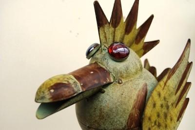 Green rocking bird garden bird quirky garden ornament ebay for Quirky ornaments uk