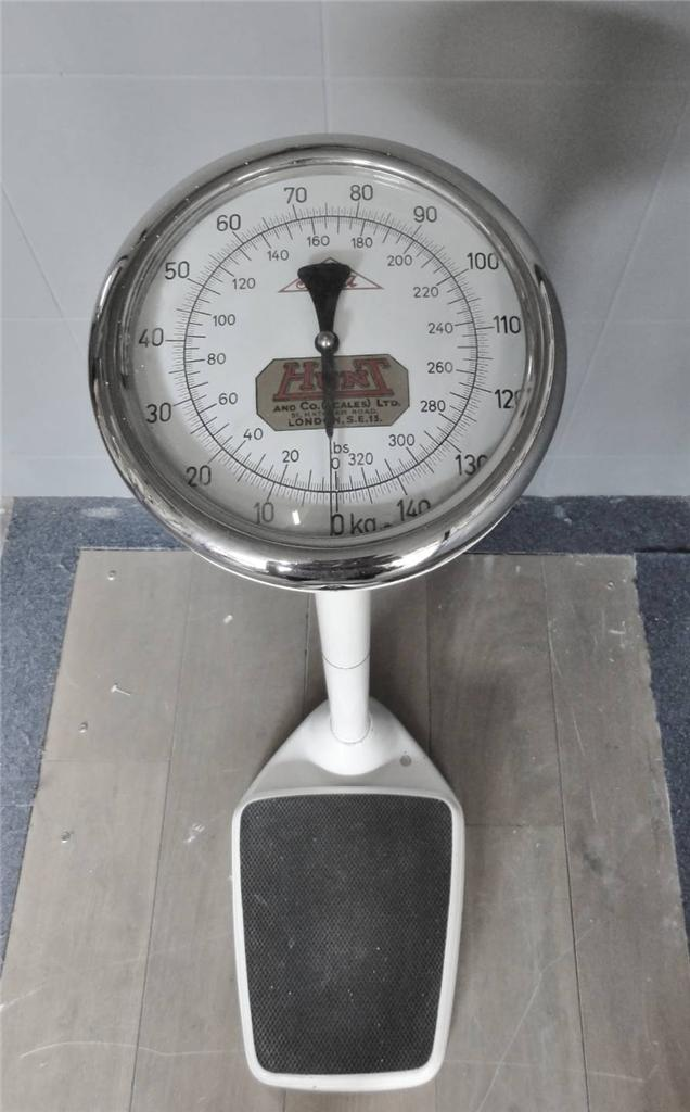 Vintage Medical Doctors Floor Standing Scales Bathroom | eBay