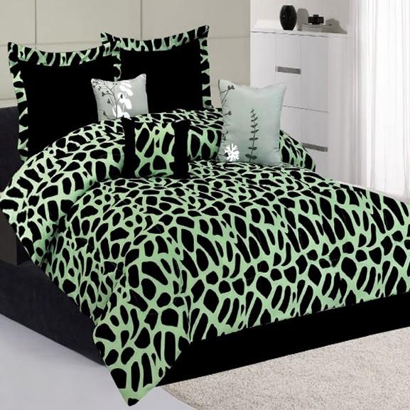 Green Giraffe Animal Print Comforter Bedding King Queen Set