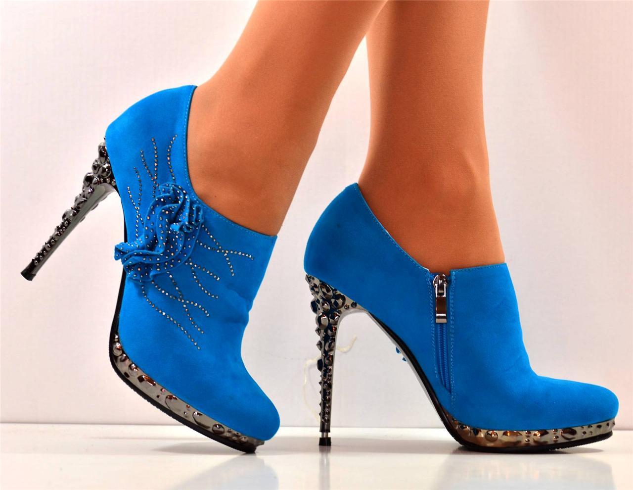 new size 8 turquoise diamante platform high