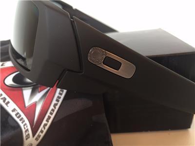 black oakley gascan sunglasses u41w  New Oakley Gascan Sunglasses SI Polarized Cerakote Graphite Black/Grey  Military