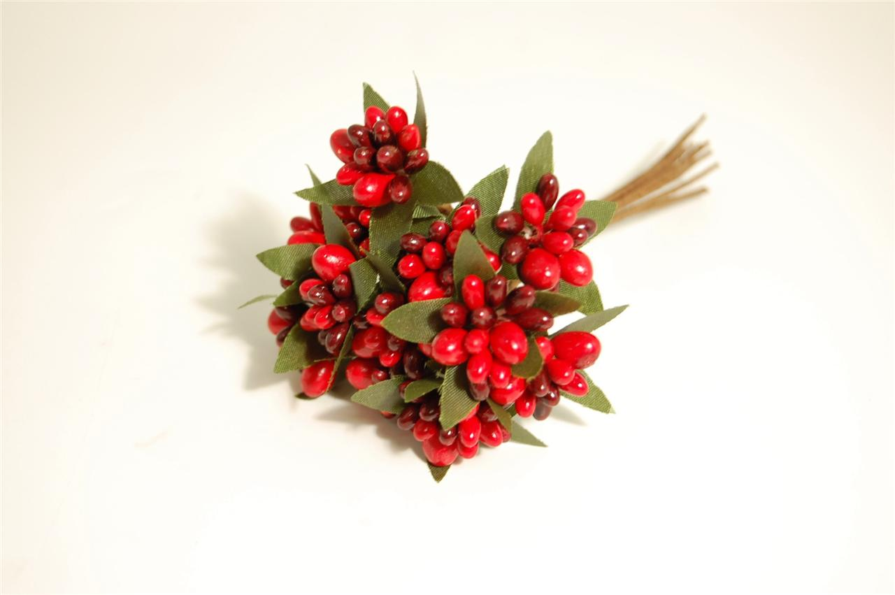 Luxury-berries-on-wire-ideal-christmas-DIY-wreaths-garlands-decorations-cakes