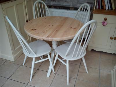 Shabby chic painted pine round kitchen dining table and 4 ercol quaker chairs ebay - Shabby chic round dining table and chairs ...