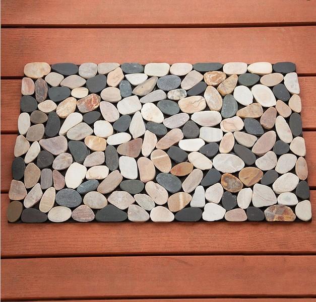 Spa bath rug the european luxury spa bath mat hammacher for River stone doormat