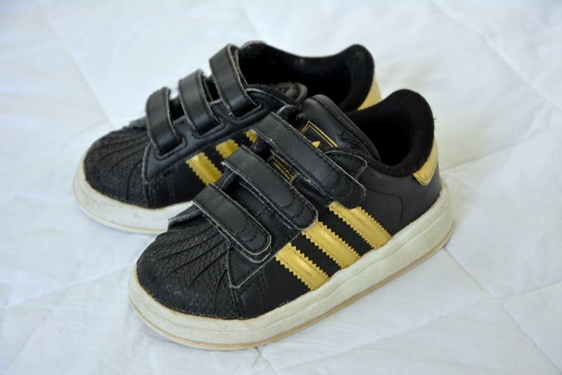 Adidas-Boys-SHOES-Size-4-winter-GLEN-IRIS-designer-sport-runners-toddler