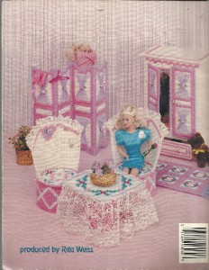 Craftdrawer Crafts: Fashion Doll Living Room in Plastic Canvas Pattern