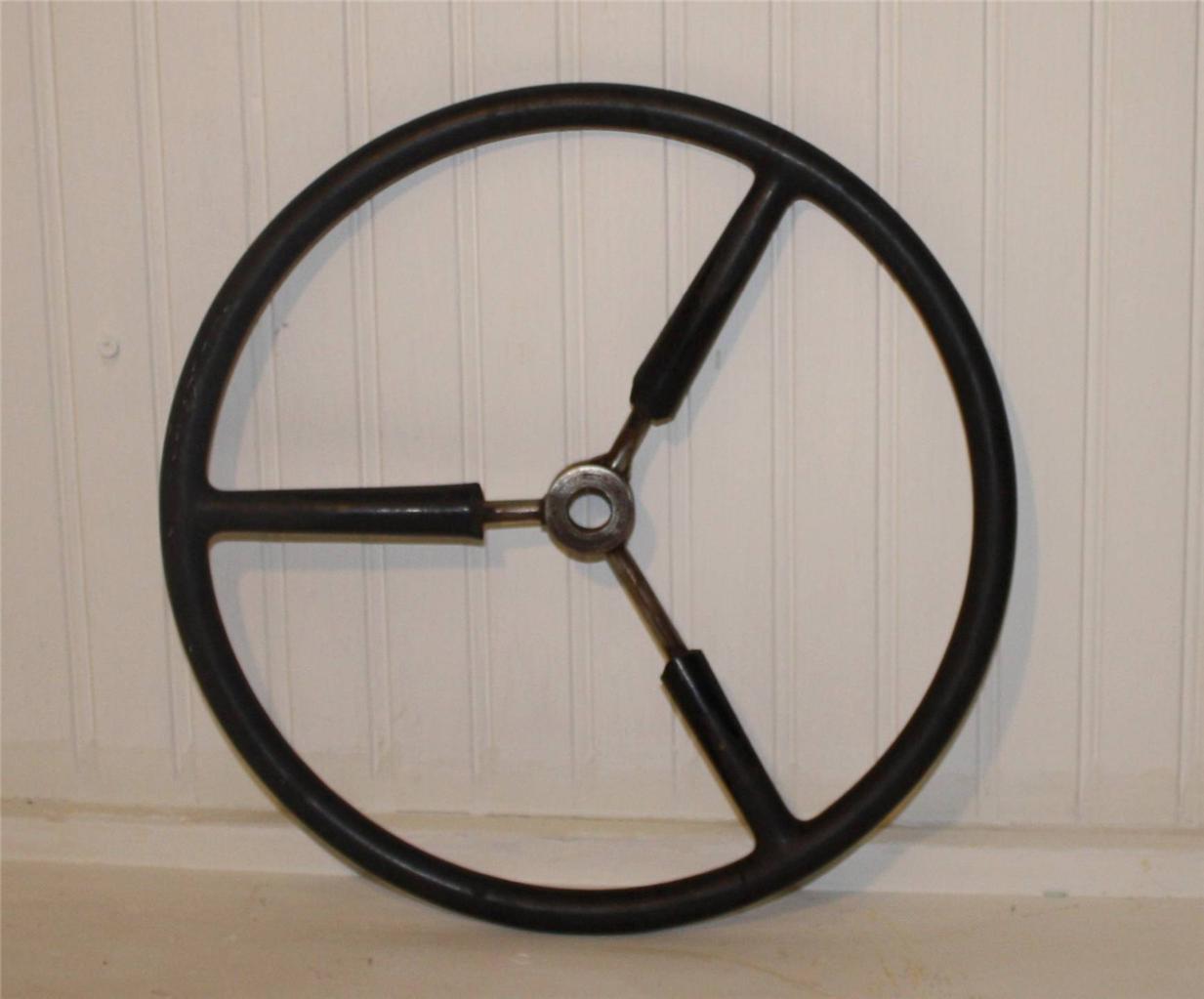 Garden Tractor Steering Wheel : Ih cub cadet lawn tractor steering wheel ebay