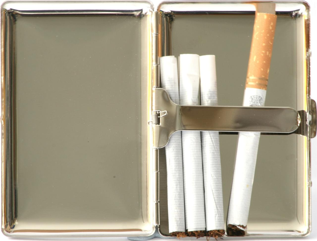 Buy cheap London cigarettes Sobranie