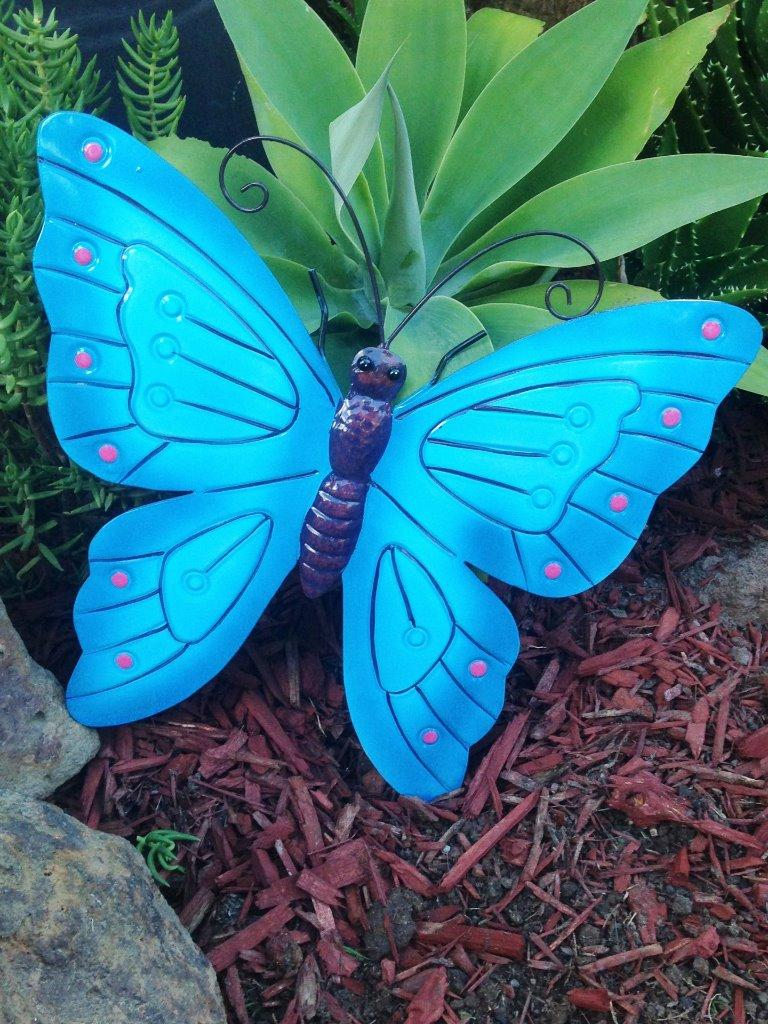 Give your home or garden that extra special touch with for Butterfly lawn decorations
