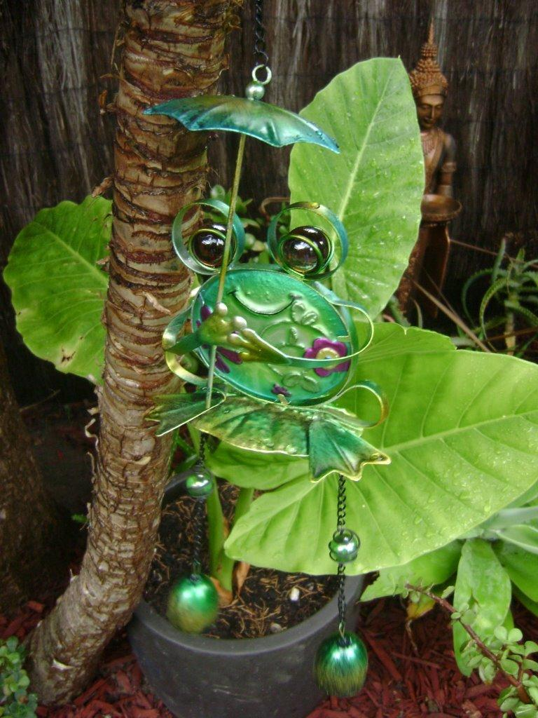 Frog Metal Glass Hanging Frog With Bells Mobile Windchime