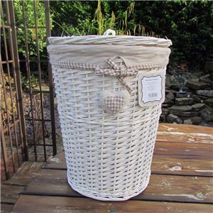 beige gingham heart white wicker laundry basket round linen bin storage baskets ebay. Black Bedroom Furniture Sets. Home Design Ideas