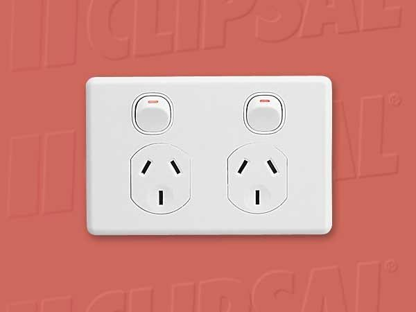 5-x-POWER-POINT-CLIPSAL-TWIN-SWITCHED-SOCKET-10A-250V